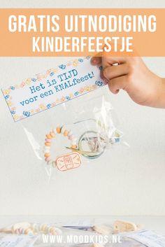 Ben je op zoek naar een leuke uitnodiging voor een kinderfeestje? Wij maakten een printable voor een uitnodiging, die je hier gratis kunt downloaden.