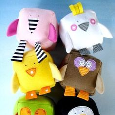 Stuffed felt animals DIY Toys from the Recycling Bin rainbow Hahahaha - boys would LOVE this! From Imaginationkids on Etsy Sewing Toys, Baby Sewing, Sewing Crafts, Sewing Projects, Free Sewing, Sewing Ideas, Baby Crafts, Felt Crafts, Softies