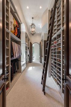 Custom Walk In & Master Closet Design Closet Walk-in, Make A Closet, Closet Bedroom, Home Bedroom, Master Bedroom, Closet Space, Closet Ideas, Bedrooms, Master Closet Design