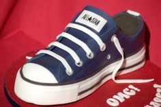 Converse Cake: Windy, a challenge for ya!  This probably looks easy to you!  ; )  Isn't it fun?!
