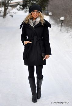 While I am totally disliking looking at winter fashion during summer, this is adorbs!