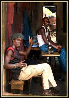 Por las calles de Banjul. Gambia.