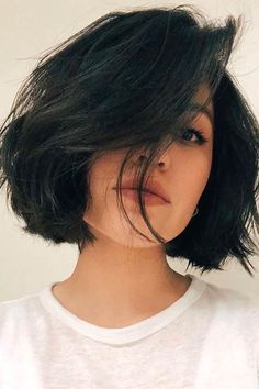 Short Layered Haircuts, Short Hairstyles For Women, Hairstyles With Bangs, Hairstyle Ideas, Hairstyle Wedding, Easy Hairstyle, Short Bobs, Edgy Haircuts, School Hairstyles