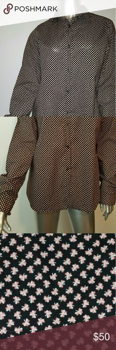 ORLA KIELY  Button Down Shamrock Shirt Sz L -EUC Like new condition   All seasons shirt Orla Keily Tops Button Down Shirts