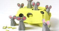 WHO ate all the CHEESE? These little egg carton mice are having a lovely time, and when the kids have finished playing with them, t. Christmas Crafts For Kids To Make, Simple Christmas, Diy For Kids, Kids Christmas, Egg Box Craft, Mouse Crafts, Egg Carton Crafts, Arts And Crafts, Paper Crafts