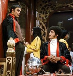 Jim Kelly and John Saxon in The 1973 movie, Enter The Dragon.