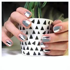 70 Nail Art Designs For Spring and Summer 2019 - Major Mag Minimalist Nails, Trendy Nail Art, Stylish Nails, Winter Nails, Spring Nails, Summer Nails, Cute Nails, Pretty Nails, Hair And Nails