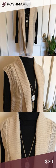 Shop Women's GAP Cream size S Shrugs & Ponchos at a discounted price at Poshmark. Perfect layering piece to transition to spring. No snags or flaws. Duster Vest, Long Duster, Knit Vest, Shrug Sweater, Gap Sweaters, Fashion Tips, Fashion Design, Fashion Trends, My Outfit