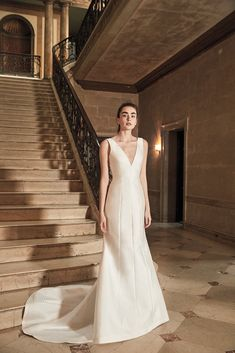 """""""How wonderful to do a bridal collection, it is like a dream, it is a fantasy"""". Proud to be the exclusive boutique for Carolina Herrera Bridal Collection… Bridal Dresses, Bridesmaid Dresses, Bridesmaids, Carolina Herrera Bridal, Urban Chic Fashion, Classic White Shirt, Relaxed Wedding, Designer Wedding Gowns, Bridal Collection"""