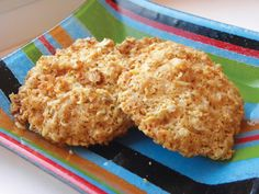 Bryte Havrekaka (Norwegian oatmeal cookies).