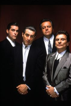 Ray Liotta, Robert De Niro, Paul Sorvino, Joe Pesci - Goodfellas - directed by Martin Scorsese. - 1990