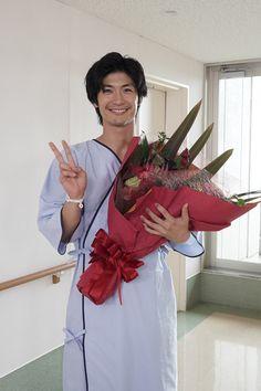 【ザテレビジョン芸能ニュース!】画像:「TWO WEEKS」最終回が9月17日(火)に放送される Lost Stars, Haruma Miura, Bridesmaid Dresses, Wedding Dresses, Asian Actors, Singer, Cute, Men, Bridesmade Dresses