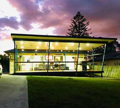 Architectural Deck design by Birchall & Partners Architects. Home renovation project. Queenslander house extension through a contemporary deck design that increases the use of the garden and outdoor spaces while framing the views and transforming the appearance of the property. Architects Ipswich | Architects Brisbane | Architects Gold Coast Outdoor Spaces, Indoor Outdoor, Brisbane Architects, Queenslander House, Architectural Columns, House Deck, House Extensions, Deck Design, Gold Coast