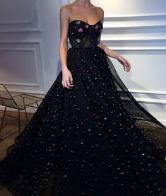 ball gown black tulle prom dresses long evening dress with flowers Beaded Prom Dress, Tulle Dress, Strapless Dress Formal, Dress Up, Dress Skirt, Evening Dresses, Prom Dresses, Formal Dresses, Chiffon Dresses
