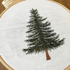 Embroidery Tree Forest 31 New Ideas Contemporary Embroidery, Modern Embroidery, Embroidery Art, Embroidery Applique, Cross Stitch Embroidery, Embroidery Patterns, Cross Stitch Tree, Hand Embroidery Stitches, Christmas Embroidery