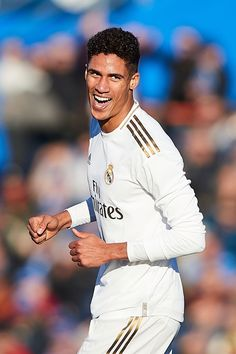 Varane Real Madrid, Real Madrid Players, Real Madrid Wallpapers, Football, Manchester City, Liverpool, Soccer, Empire, Europe