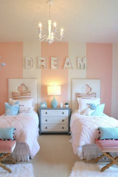 Girls twin bedroom with striped walls. – durand Girls twin bedroom with striped walls. Girls twin bedroom with striped walls. Cute Bedroom Ideas, Cute Room Decor, Bedroom Decor Kids, Kids Bedroom Girls, Teen Bedroom Colors, Sister Bedroom, Bedroom For Twins, Childrens Bedrooms Girls, Kids Rooms