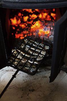 Grillaustrendit 2021 – nämä lihat ja kalat tirisevät grillissä - Kotiliesi.fi Computer Keyboard, Seafood, Sea Food, Computer Keypad, Keyboard, Seafood Dishes