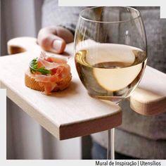 Ideia sensacional para servir um vinho com muito charme. Ad Pinterest/ arqdecoracao @arquiteturadecoracao @acstudio.arquitetura #arquiteturadecoracao #olioliteam #instagrambrasil #decor #arquitetura #vinho #wine