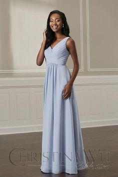 e748a8c2dd0 Jacquelin Bridals Canada - 22884 - Bridesmaids - This chiffon gown has a  pleated tank bodice with an empire waist. The skirt is made of gathered  chiffon.