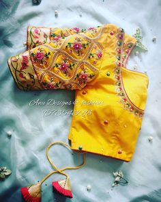 maggam work blouse designs latest for girls Blouse Back Neck Designs, Best Blouse Designs, Simple Blouse Designs, Stylish Blouse Design, Bridal Blouse Designs, Cut Work Blouse, Hand Work Blouse Design, Pattu Saree Blouse Designs, Embroidery Motifs