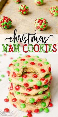 m christmas cookies Mamp;M Christmas Cookies are a delicious, chewy vanilla cookie covered in Mini Holiday Mamp; These easy Christmas cookies are not only festive looking but taste great too. Vegan Christmas Cookies, Easy Christmas Cookie Recipes, Christmas Snacks, Xmas Cookies, Easy Cookie Recipes, Christmas Cooking, Holiday Treats, Holiday Recipes, Christmas Deserts Easy