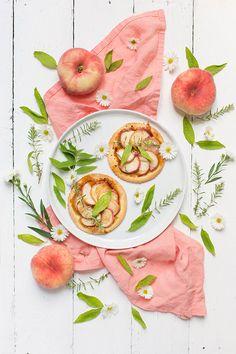 Tartelettes Flambées aux Pêches et Verveine (Flambéed Peach Tartlets)