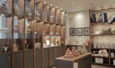 Le 71, hôtel boutique urbain de 60 chambres & suites luxueuses / The 71, boutique hotel of 60 luxurious rooms & suites.