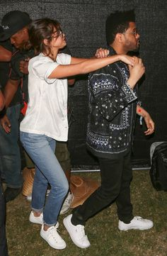 Selena Gomez and the Weeknd Get Cozy atCoachella