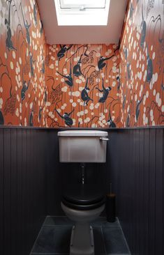 Downstairs Loo Makeover - Mad About The House Inspiration and ideas for a tiny downstairs loo powder room. Add a bold print wallpaper like this De Gourney monkey wallpaper by Brian O'Tuama Wallpaper Wall, Monkey Wallpaper, Bathroom Wallpaper, Wallpaper Toilet, Colorful Wallpaper, De Gournay Wallpaper, Crazy Wallpaper, Silk Wallpaper, Orange Wallpaper