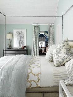 Bedroom Painting Ideas - Modern Bedroom by Tara Seawright