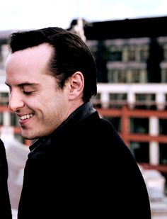 Andrew Scott great acting caused me to have a crush on Moriarty . hmmmm I wonder what that says about my morals. or lack there of Molly Hooper Sherlock, Sherlock Holmes Benedict, Watson Sherlock, Sherlock John, Benedict Cumberbatch, Lil Lemons, James Moriarty, Matthew Healy, Nick Robinson