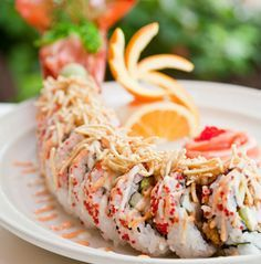 Maine lobster roll at Prime in Delray Beach, Florida. This sushi roll is an entire meal in itself! Sushi Recipes, Seafood Recipes, Asian Recipes, Cooking Recipes, Lobster Recipes, Asian Foods, My Sushi, Sushi Love, Sushi Lunch
