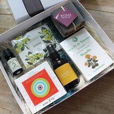Caja regalo Aromática Una caja regalo de cosmética natural y hogar de lo más completita. En nuestra tienda online campodifiore.es