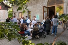 More English events at this year's Lausanne Shakespeare Festival! Shakespeare Festival, Youth Club, End Of Year, Lausanne, Winter Activities, Event Calendar, Night Life, Have Fun, Street View