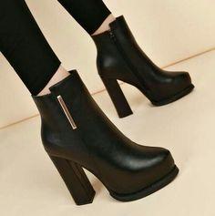 Platform High Heels, High Heel Boots, High Heel Pumps, Women's Pumps, Heeled Boots, High Heels Outfit, Platform Boots, Stiletto Heels, Black High Heels