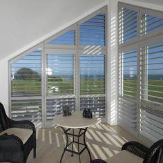 how to cover a trapezoid window gardine dach pinterest fensterdekorationen dachschr ge. Black Bedroom Furniture Sets. Home Design Ideas
