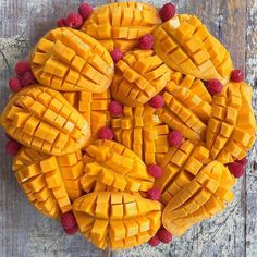 The fruit here is absolutely INSANE! This morning I had mango, dragon fruit, pineapple and watermelon and it was so beautiful! Weight Loss Herbs, Weight Loss Tea, Best Green Tea Brand, Mango, Fruit Decorations, Tea Brands, Colorful Fruit, Mushroom Recipes, Vegan Foods