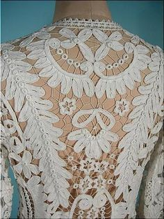 Vintage Battenberg lace garment back Lace Embroidery, Vintage Embroidery, Embroidery Patterns, Irish Crochet, Crochet Lace, Crochet Edgings, Crochet Motif, Crochet Shawl, Antique Lace