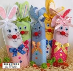 Cute idea to wrap candy bars Easter Projects, Easter Crafts, Felt Crafts, Diy And Crafts, Crafts For Kids, Spring Crafts, Holiday Crafts, Felt Ornaments, Christmas Ornaments
