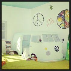 Hippie van bed! This is so epic..