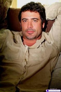 "Jeffrey Dean Morgan: loved him in ""Texas Rising"" as well as ""Grey's Anatomy."" Awesome actor!"