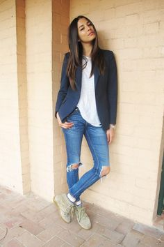 Jessica Gomes--so cute, exceptional style