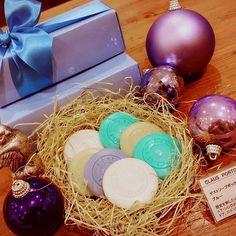 2016/11/28 21:56:27 blissala 🎄クリスマスギフト第一弾🎶 香りの宝石 「CLAUS  PORTO  ゲストソープボックス」です☺ 15個入り ¥3500+tax  #blissala  #ブリサアラ #CLAUSPORTO  #クラウスポルト #ポルトガル生まれ #ラグジュアリーソープ #ソープ #石鹸 #クリスマスギフト #クリスマスプレゼント #ギフト #blissala#natural#fragrance#botanical fragrance#roomfragrance#health care#bath#toiletry#grandfront#ブリサアラ#ナチュラル#フレグランス#ボタニカルフレグランス#ルームフレグランス#ヘルスケア#バス#トイレタリー#グランフロント大阪南館5階  #ヘルスケア
