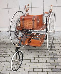 first-electric-car-3