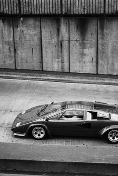 I would drive that anyday... Lamborghini Countach = Awesome