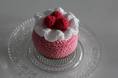 kreativaemelie Crochet Cake, Crochet Fruit, Crochet Food, Knit Crochet, Amigurumi Doll, Amigurumi Patterns, Doll Patterns, Crochet Patterns, Kids Barn