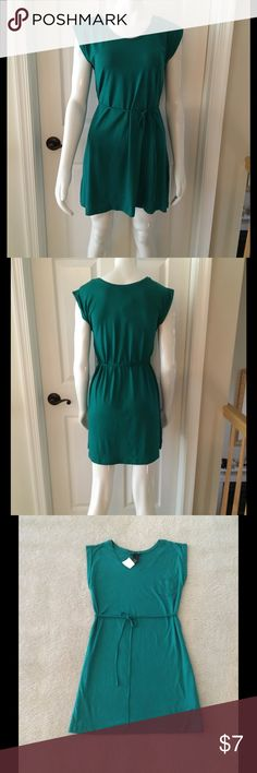 Green H&M sUndress or beach cover up Cotton sundress or can be worn as a beach cover up is a size XS but would fit small or medium, it is ver adjustable and loose fitting  with tie string belt. Small front left pocket design, cuffed cap sleeves. New with tags, never been worm, smoke free home. H&M Dresses