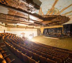 Warner Huntington Park Theater - LA