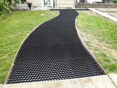 CORE Drive 50-35 - Gravel Stabilizer Grid With Attached Weed Control Membrane. Perfect For Homeowner Driveways & Parking Areas. Each Pack Contains 5 Panels (32 x 28in) And Will Cover 31 Sq.Ft. Area